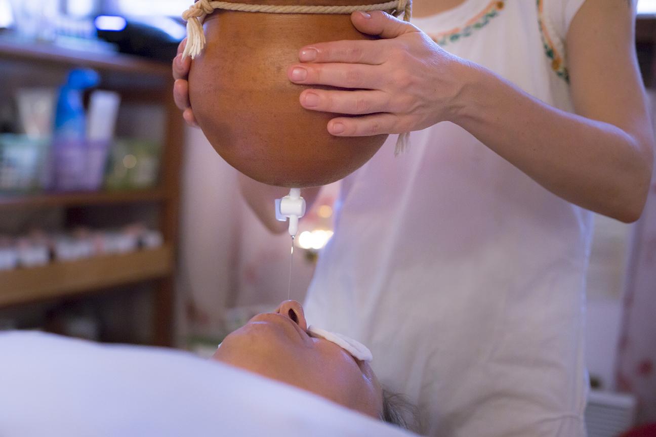 institut jyoti massage ayurv dique pour retrouver la sant. Black Bedroom Furniture Sets. Home Design Ideas